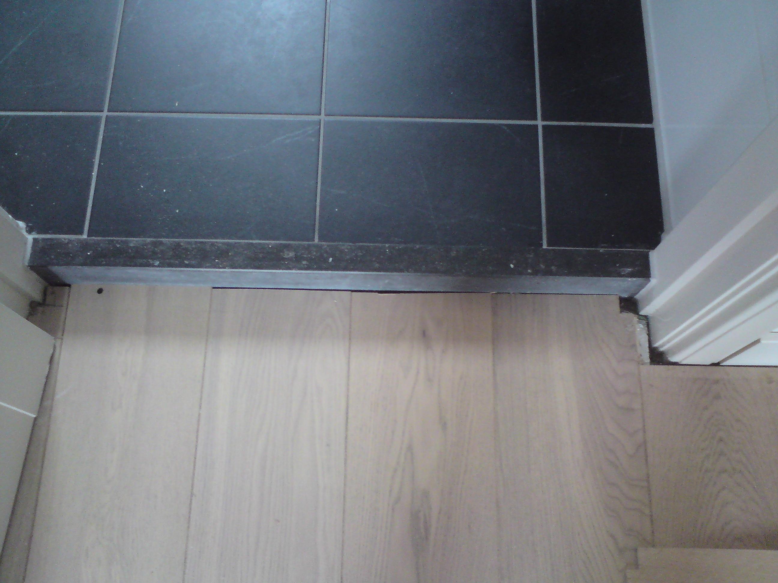 Betonnen Badkamer Muur ~ Timmerbedrijf De Hamer  Amsterdam  Interieur & meubilair